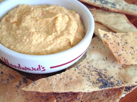 Armenian_Crackers_&_Hummus