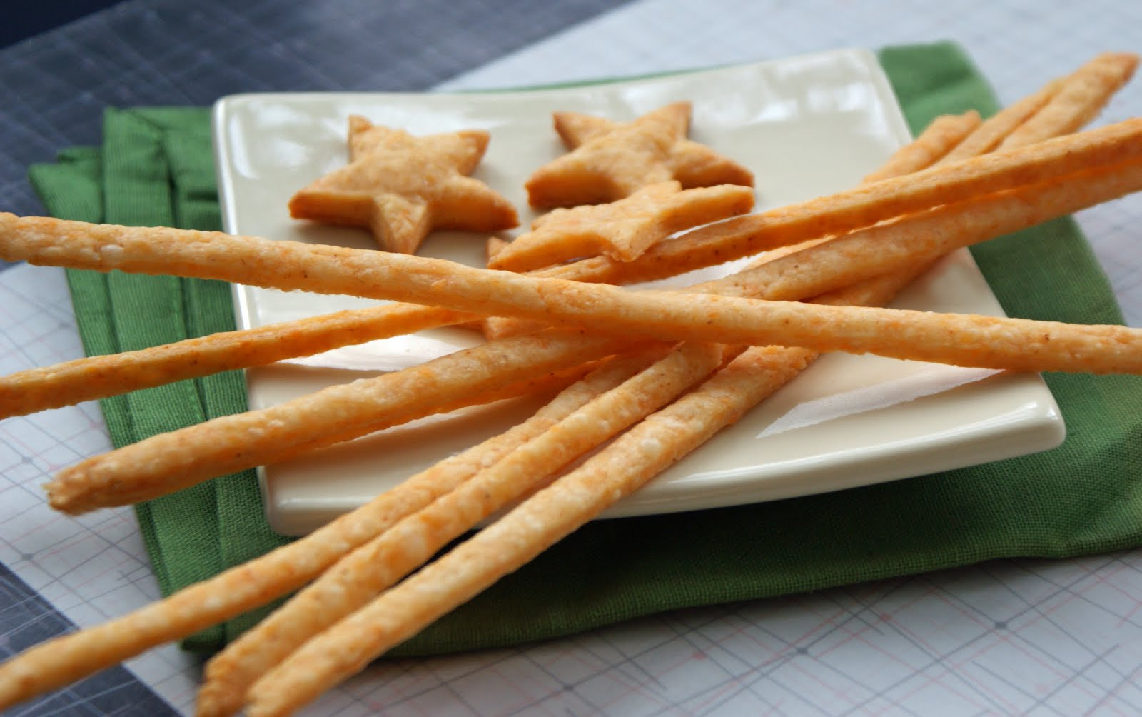 Cheese+Straws+&+Stars+2