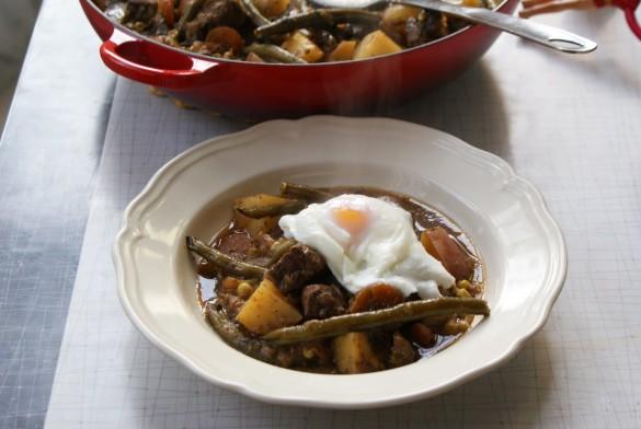 Hangover+stew+pot+&+bowl