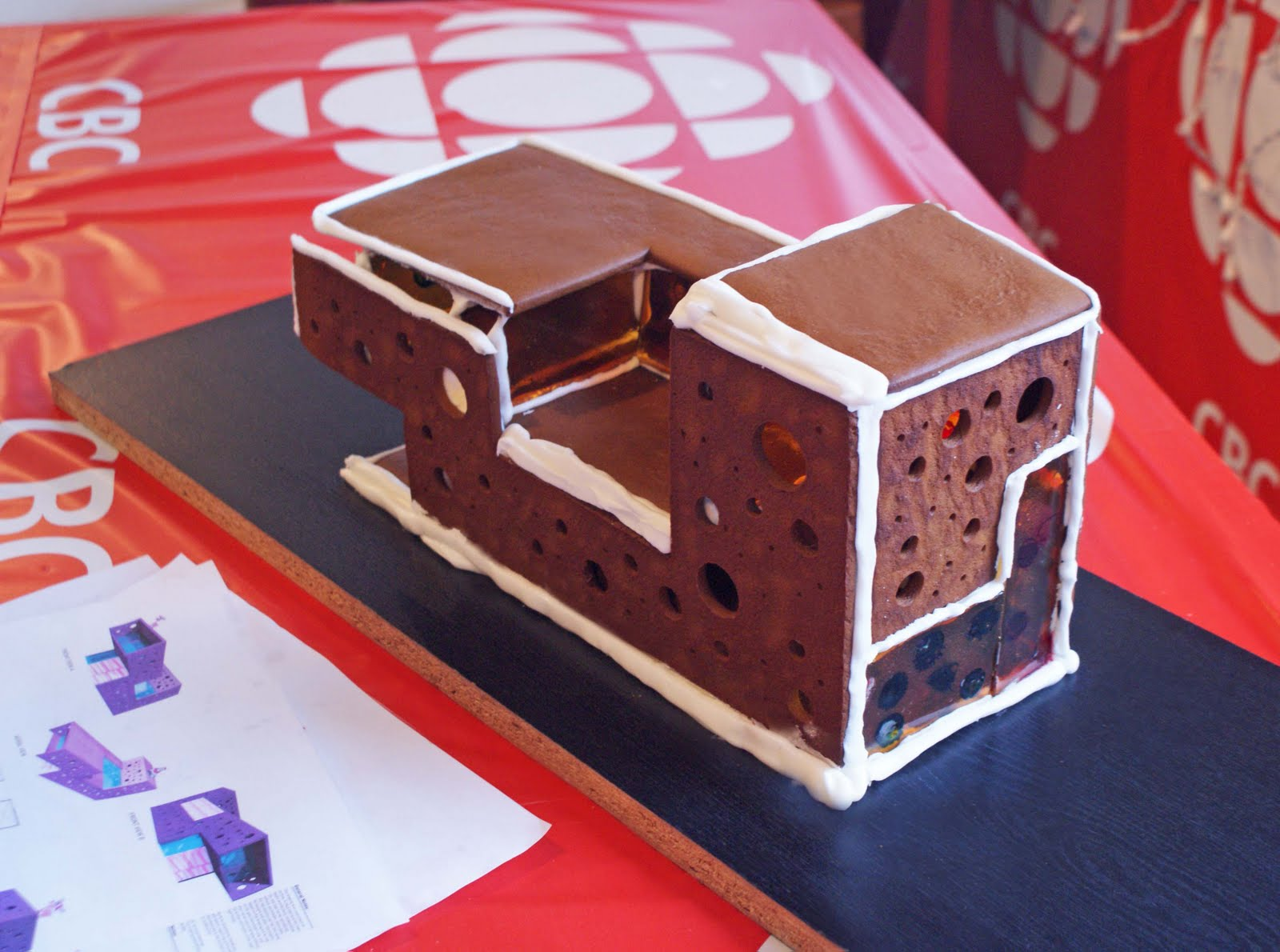 Gingerbread+house+1