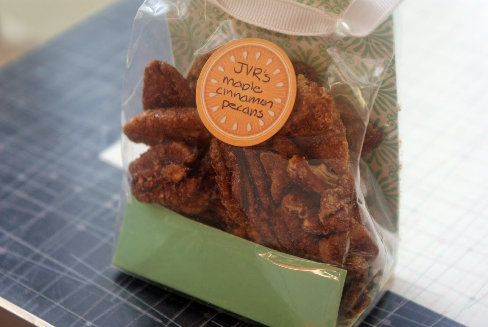Maple+Cinnamon+Pecans