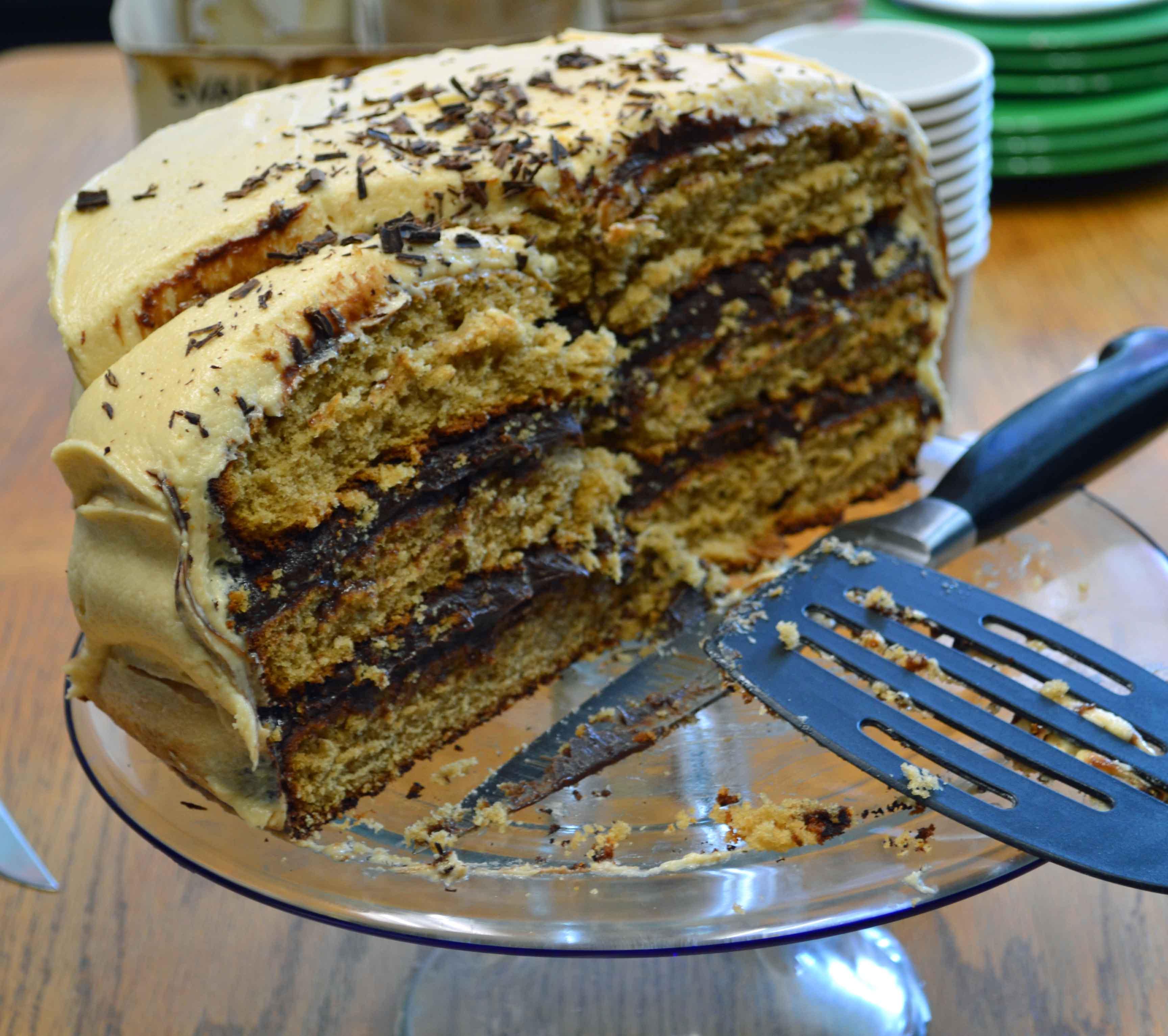 Peanut Butter Cake With Chocolate Ganache & Peanut Butter