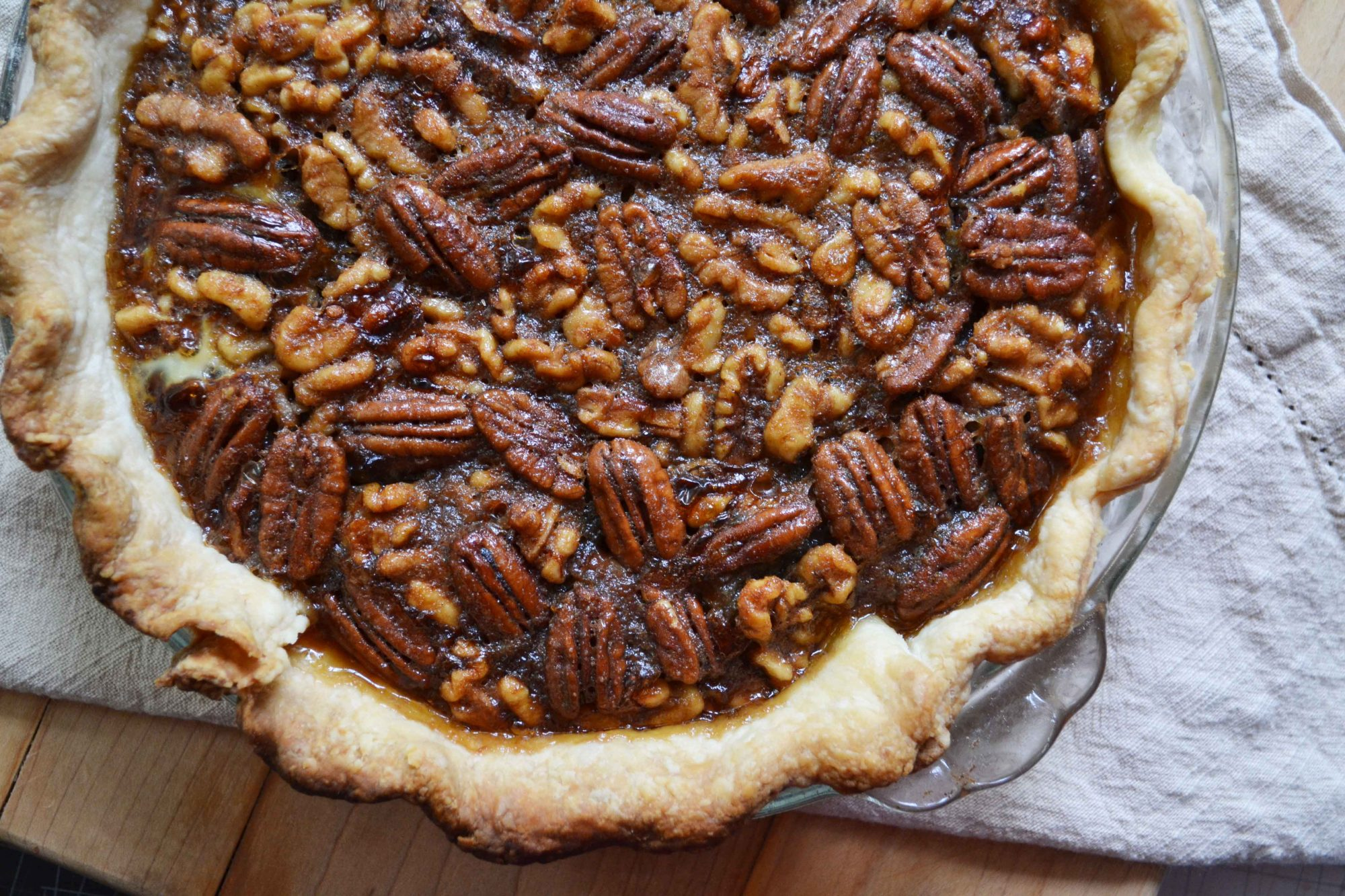 Maple walnut pecan pie 2