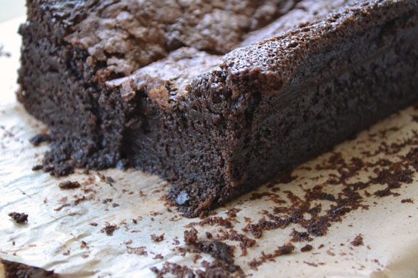 Damp chocolate cake 2