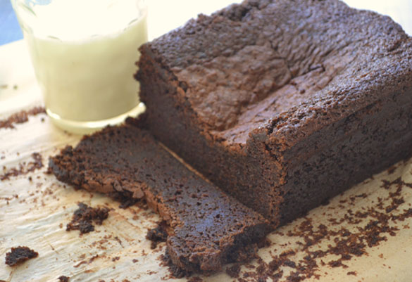 Damp chocolate cake 3