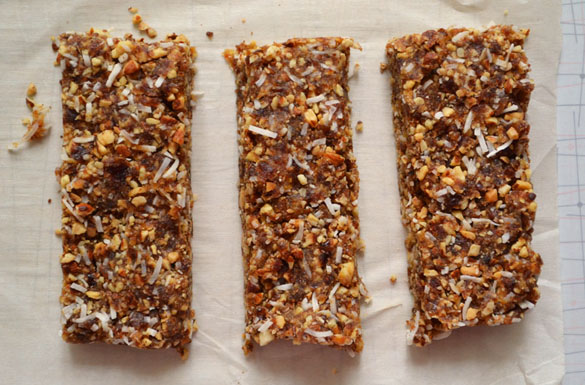 Grain-free granola bars 1