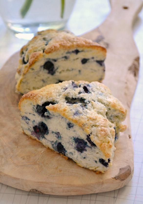 Blueberry-scones