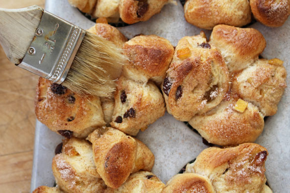 pull apart hot cross buns 9