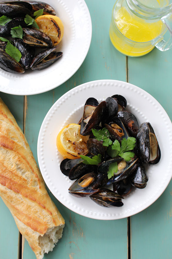 Grilled mussels 1