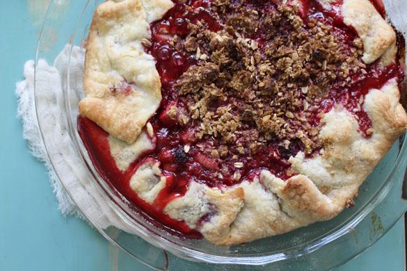 raspberry rhubarb pie 7