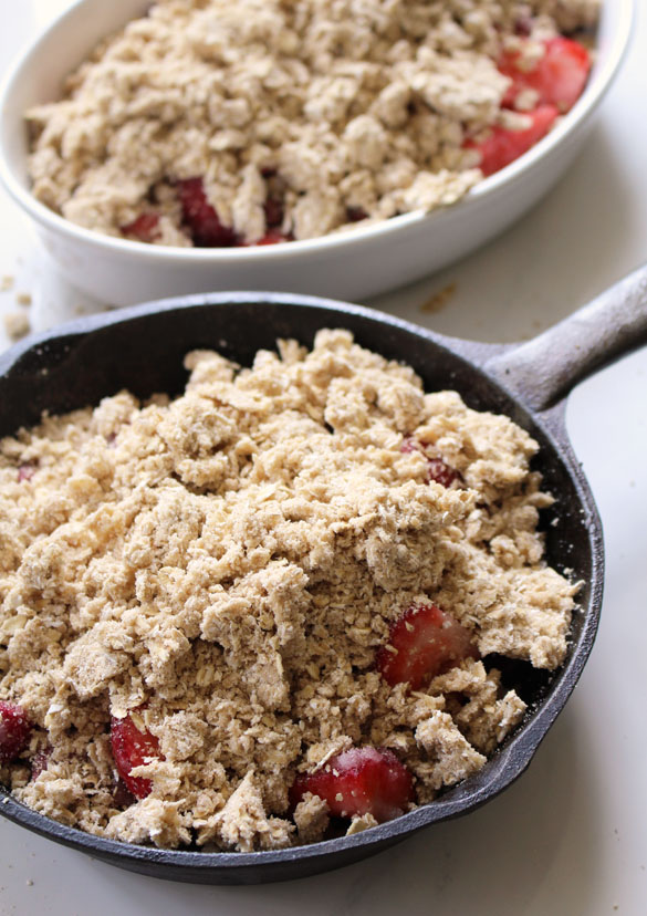 strawberry rhubarb crumble 3