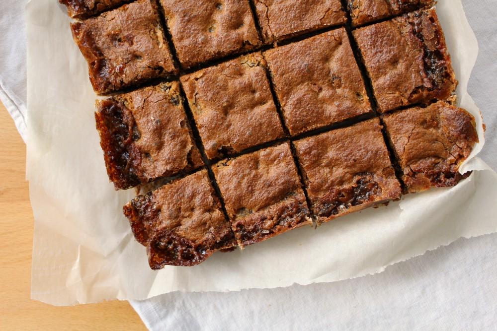 Old Fashioned Raisin Squares Recipe