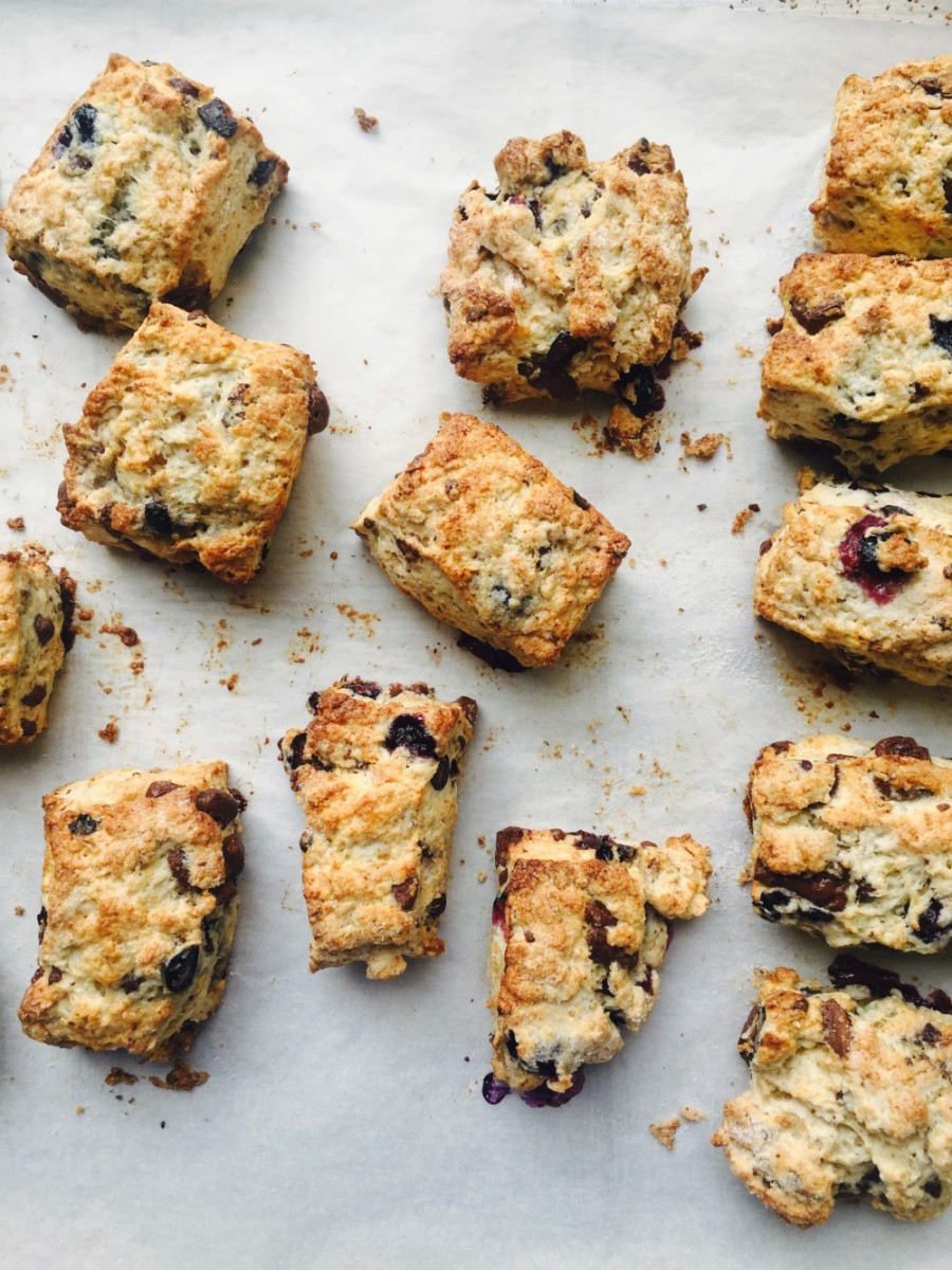 Blueberry Dark Chocolate Scones 4