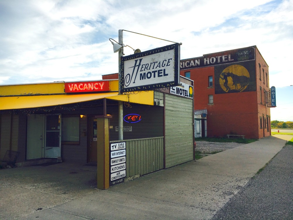 fort-macleod-hotels-1
