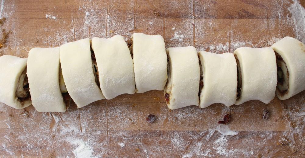 patience-cinnamon-buns-15