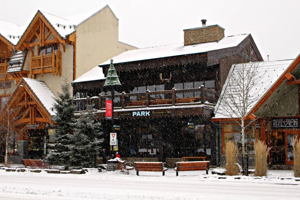 park-snowy-exterior