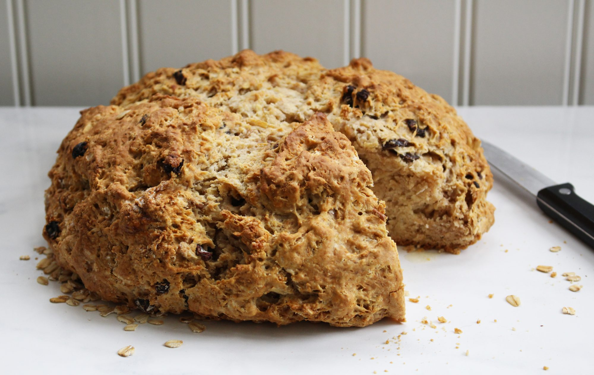 Cinnamon Raisin Apple Irish Soda Bread 2