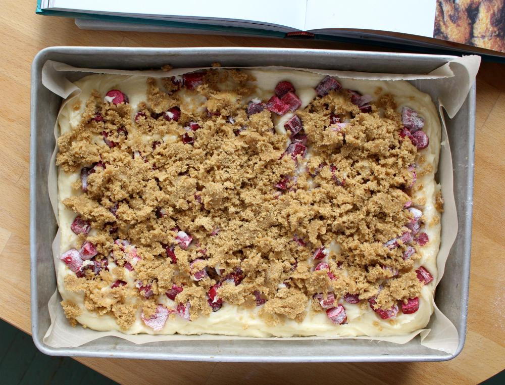 Lunar rhubarb cake 6