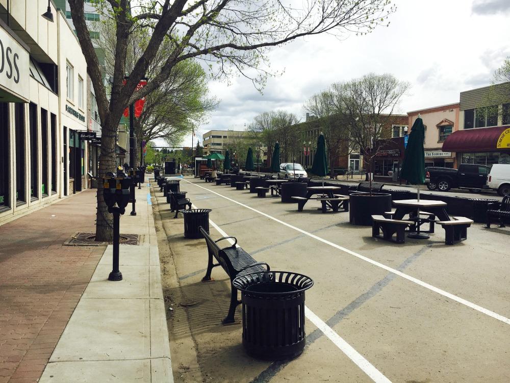 Red Deer street