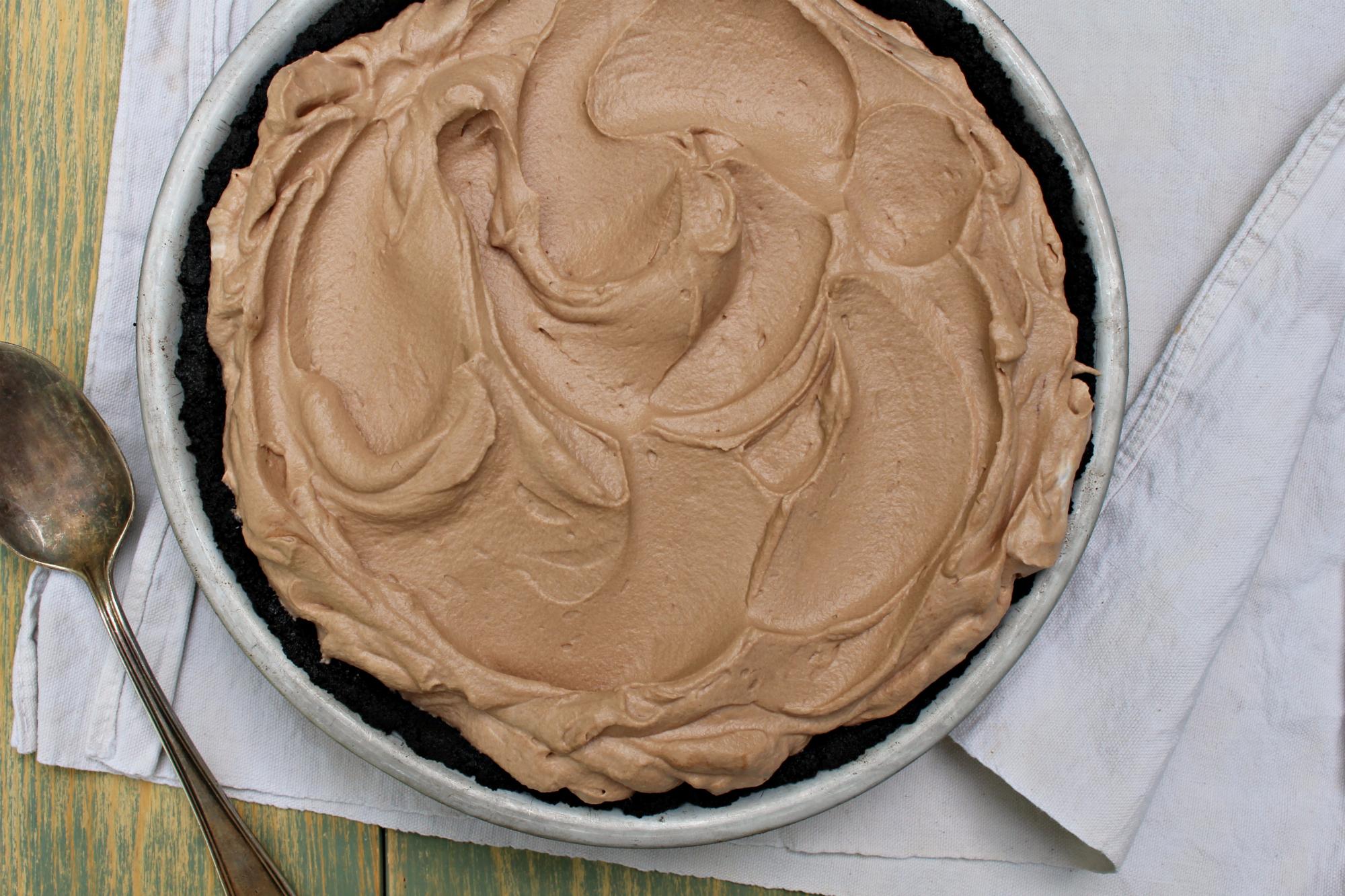 Chocolate marshmallow pie 1