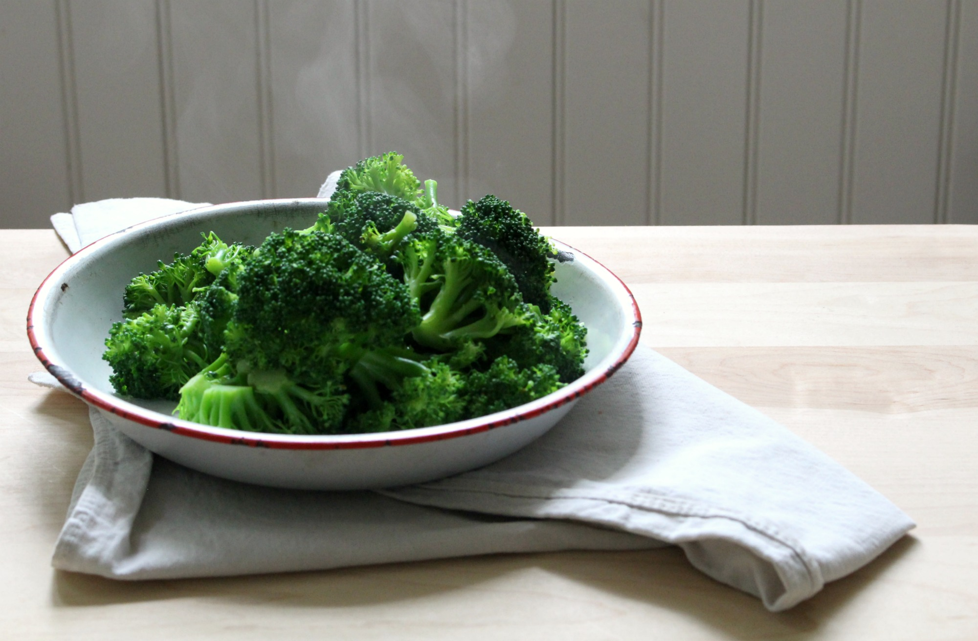 steaming broccoli