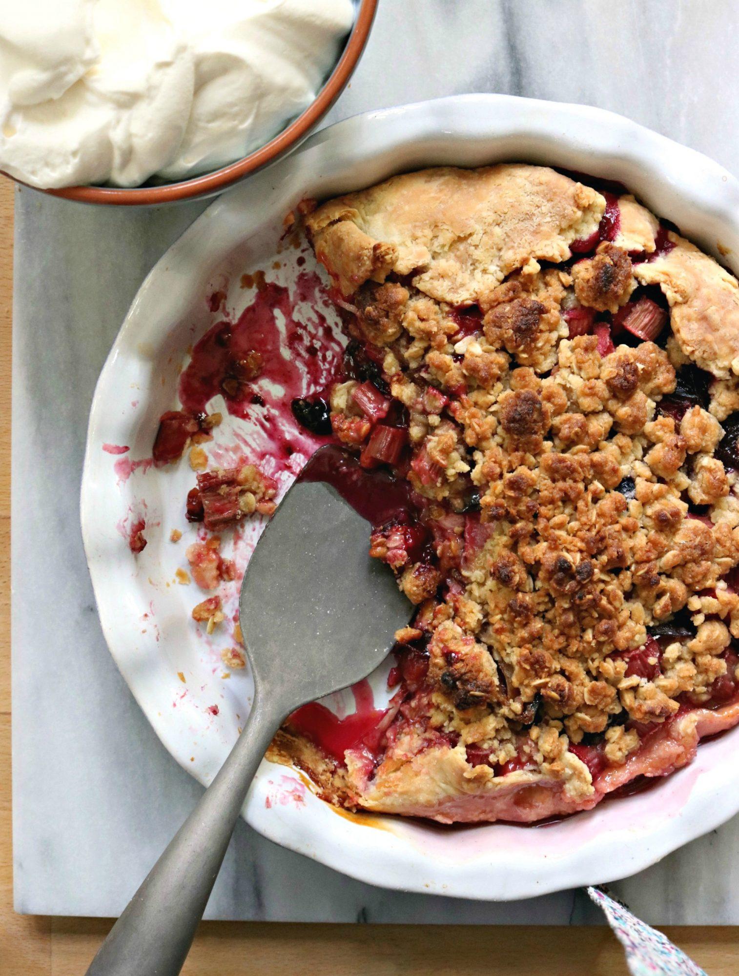 Rhubarb Plum Crumble Pie