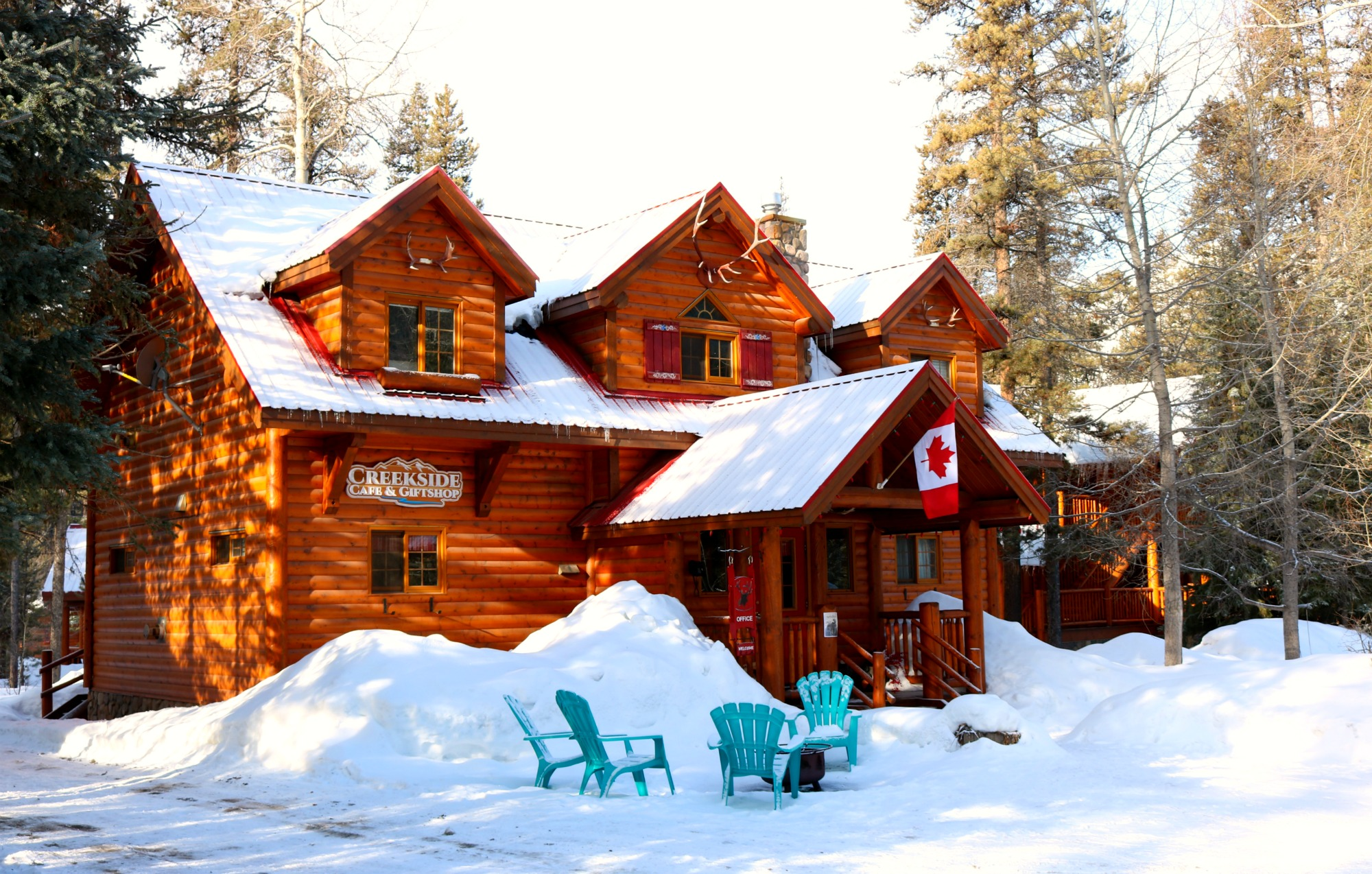 Baker Creek lodge
