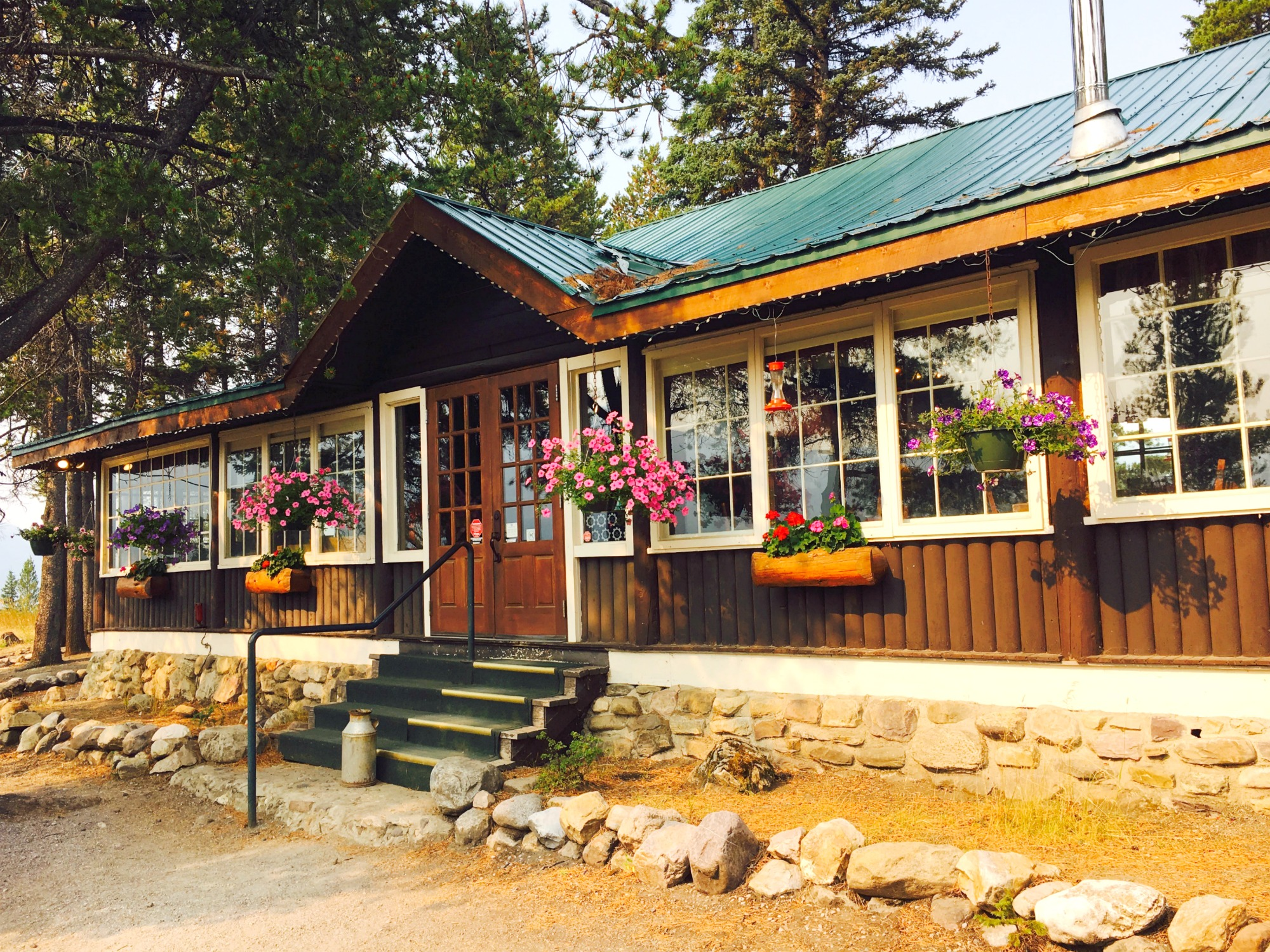 Storm Mountain Lodge